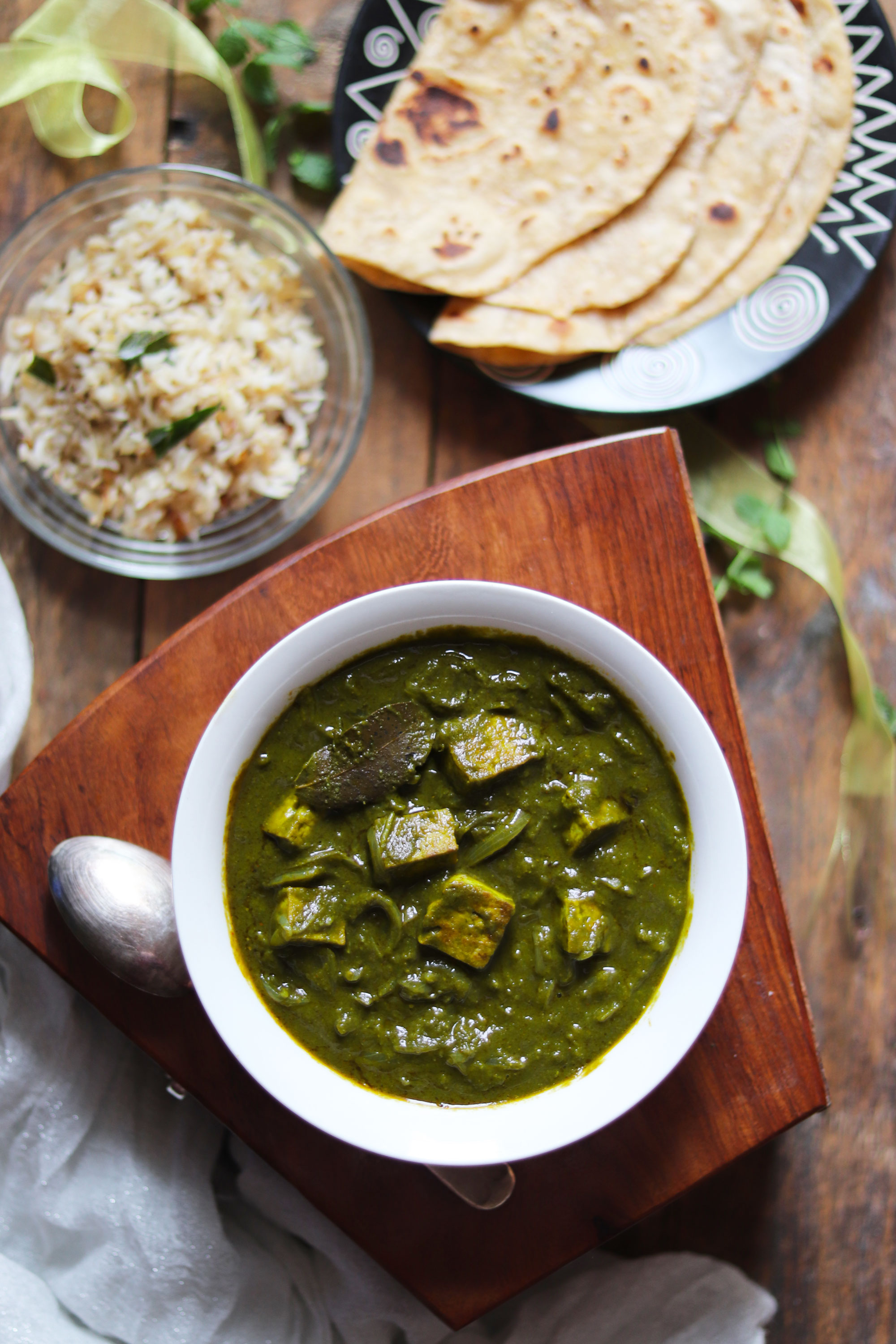 Tofu and spinach curry (Palak Tofu)