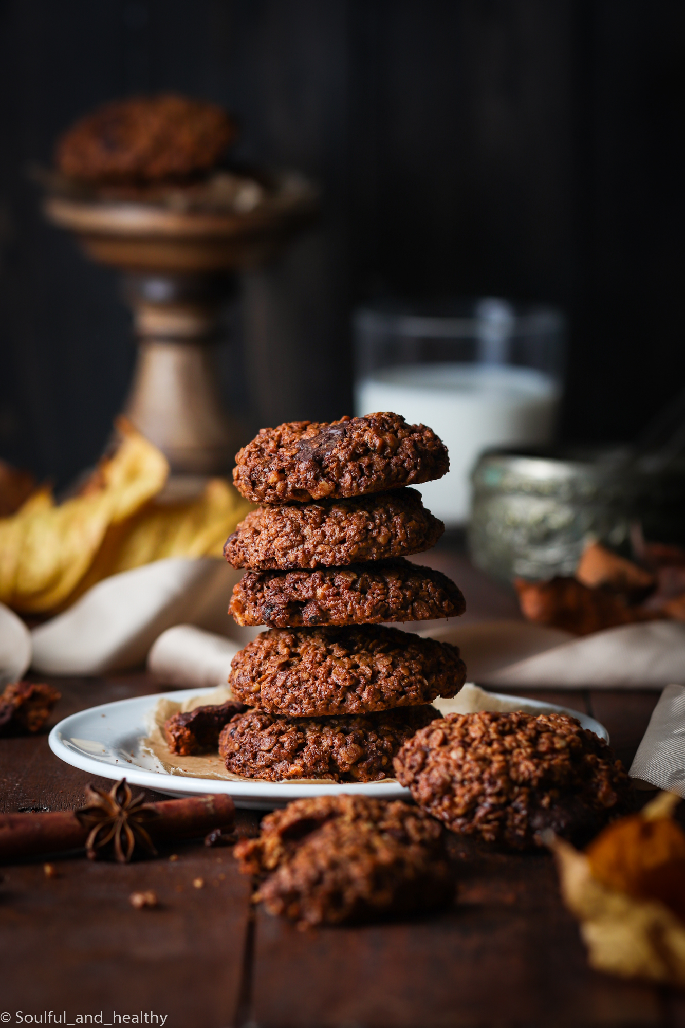 Pumpkin spiced dark chocolate chunks oats cookies