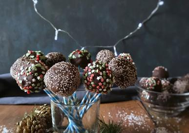 Chia no bake cake pops