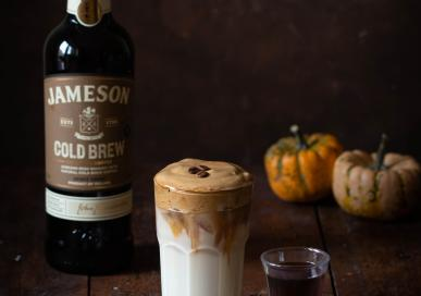 Pumkin spiced whipped coffee with whiskey